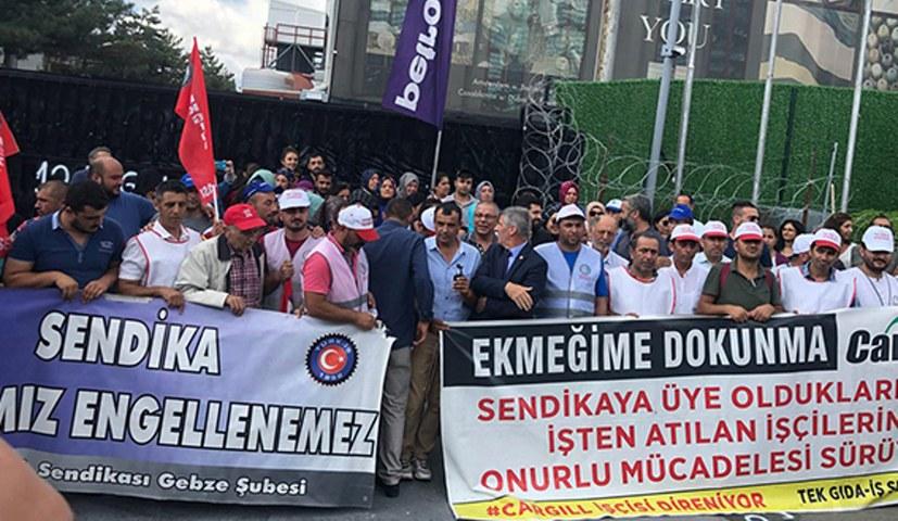 Protest‑ und Solidaritätsmarsch: Belegschaften schließen sich zusammen