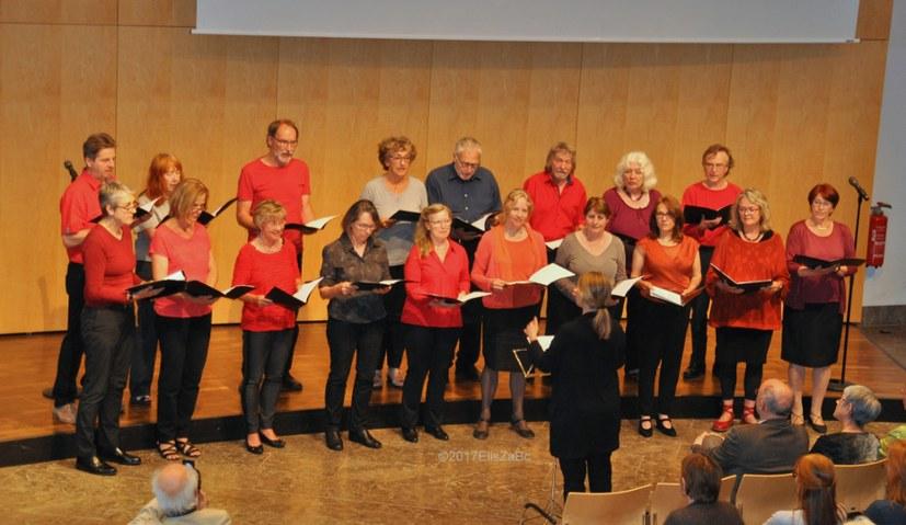 """Chor """"Avanti Comuna Kanti"""": """"Höchste Zeit für Neue Zeiten"""""""