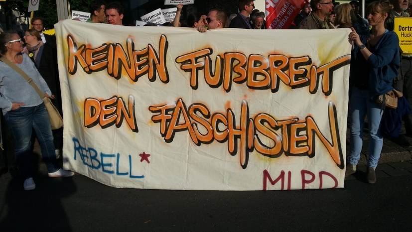 Verhaftung faschistischer Terroristen mahnt: Verbot aller faschistischen Organisationen und ihrer Propaganda!