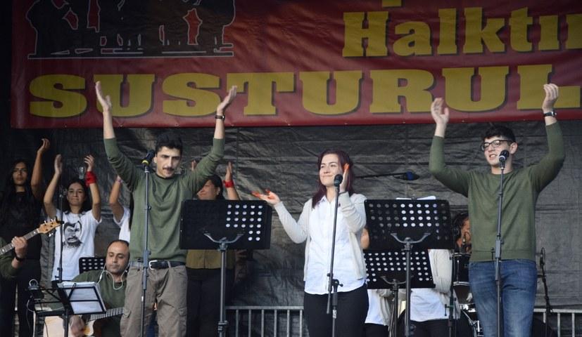 """Kundgebung und Festival """"Gemeinsam gegen Rassismus"""""""