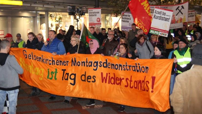 Polizeiübergriff gegen Montagsdemonstration - diese erstattet Anzeige …