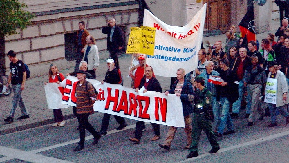 Streit um Hartz IV - an den Montagsdemos führt kein Weg vorbei