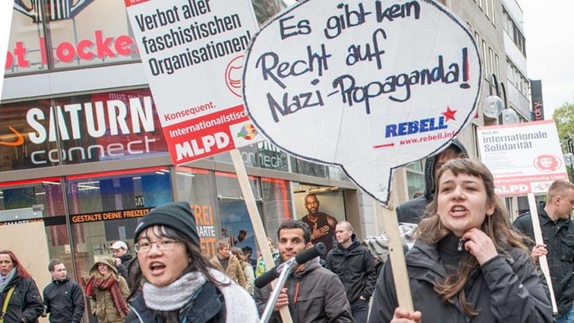 Wehret den Anfängen: MLPD, Jugendverband REBELL und Internationalistisches Bündnis sind konsequent antifaschistisch (rf-foto)