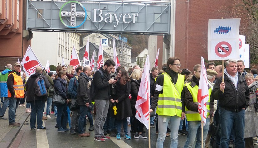 Gemeinsamer Protest gegen massenhafte Arbeitsplatzvernichtung