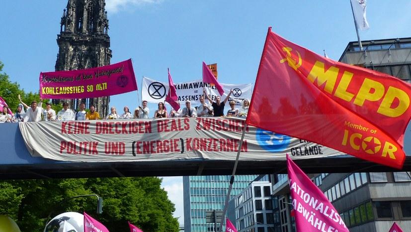 Bis zu 20.000 Menschen auch in Hamburg