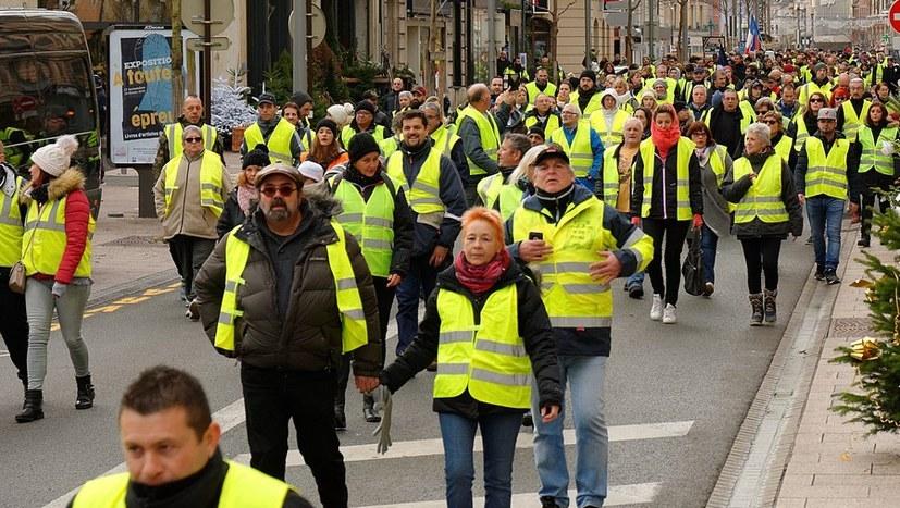 Landesweiter Streiktag am 5. Februar - Gewerkschaften und Gelbwesten gemeinsam