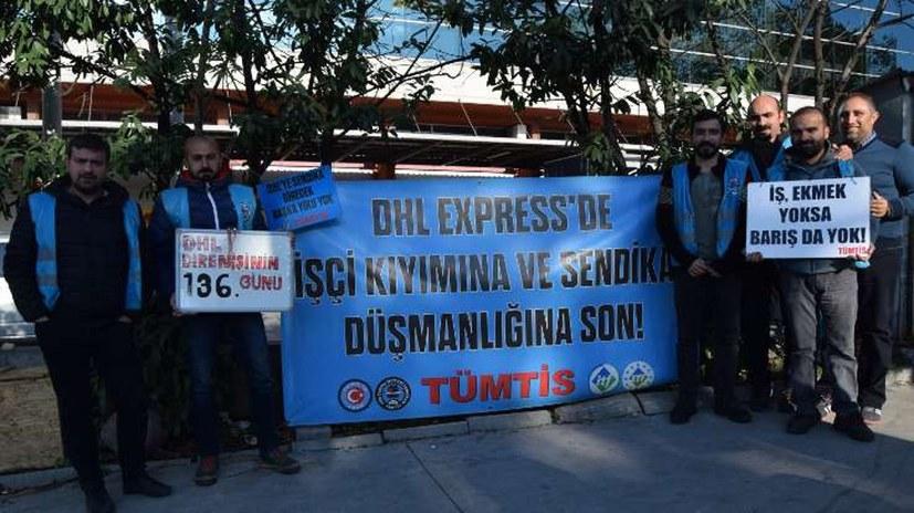 Arbeiter setzen Tarifvertrag gegen DHL Express durch