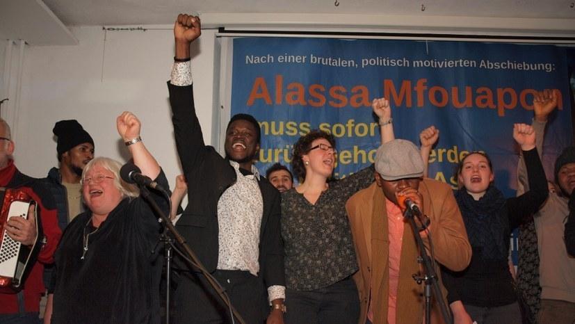 AfD erleidet erneut Niederlage – Einreise von Alassa Mfouapon war rechtmäßig