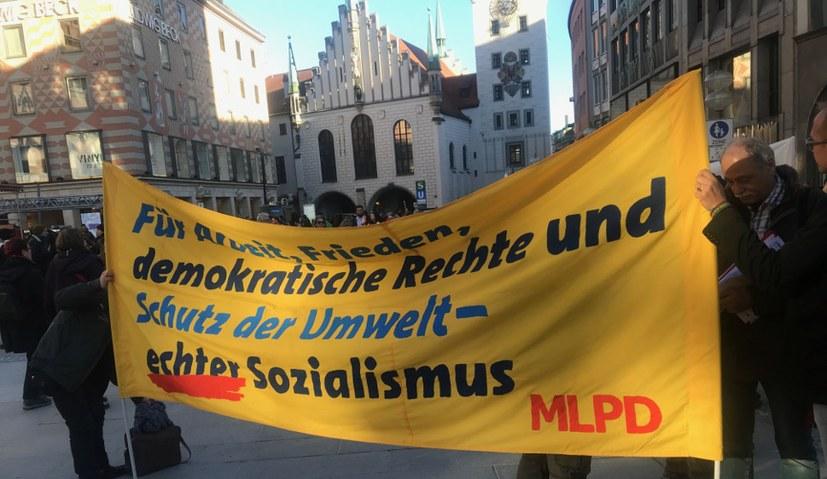 """Geschätzte 6.500 Demonstrierende gegen die """"Sicherheitskonferenz"""""""