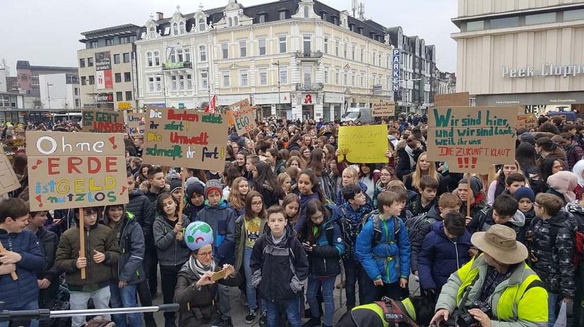 Fridays for Future: Jugendliche gestern wieder für die Zukunft auf der Straße