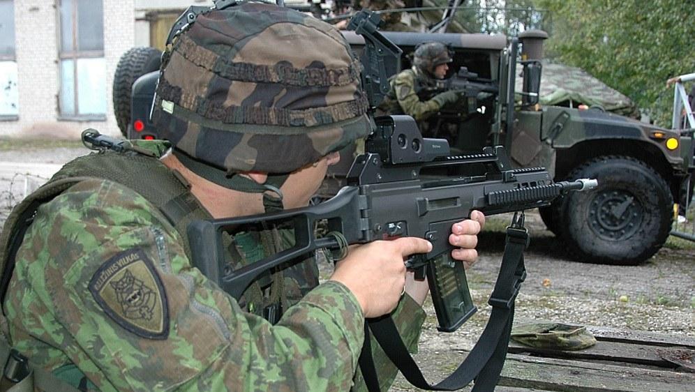 ... oder G36 von Heckler & Koch, die deutschen Rüstungskonzerne verdienen ordentlich mit (foto: Grippen [CC BY 3.0])