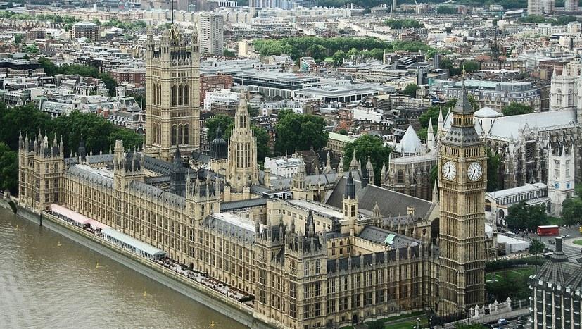 Unterhaus lehnt alle Vorschläge zum Brexit ab
