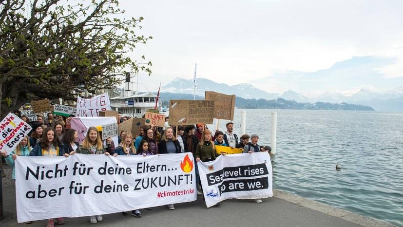 Weit über 50.000 gegen drohende Klimakatastrophe auf der Straße