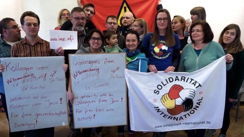 VW-Kolleginnen, -Kollegen und Aktivistinnen und Aktivisten von Solidarität International grüßen die Jasic-Belegschaft