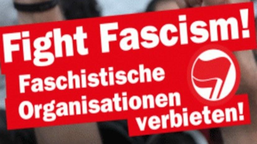 """3000 Leute demonstrieren gegen die """"Identitäre Bewegung"""""""