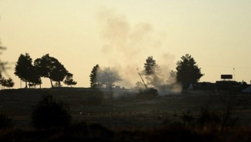 Türkische Armee bombardiert Dörfer in Şehba und Bab