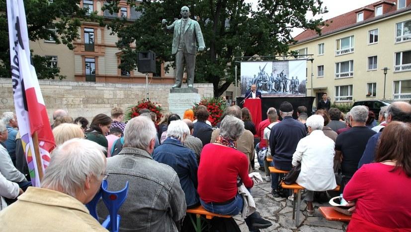 Videomitschnitt der Gedenkveranstaltung auf dem Buchenwald-Platz