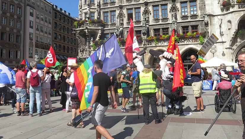 Aktionen und Demonstrationen gegen Faschismus und Krieg