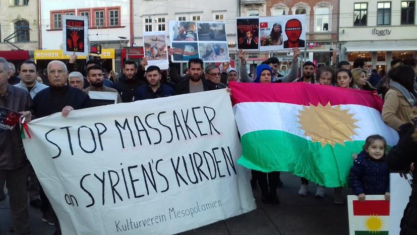 400 demonstrieren gegen den faschistischen Einfall der Türkei in Rojava