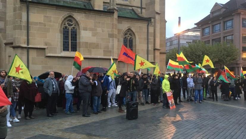 Erste Berichte zu den Protesten gegen die Angriffe auf Rojava