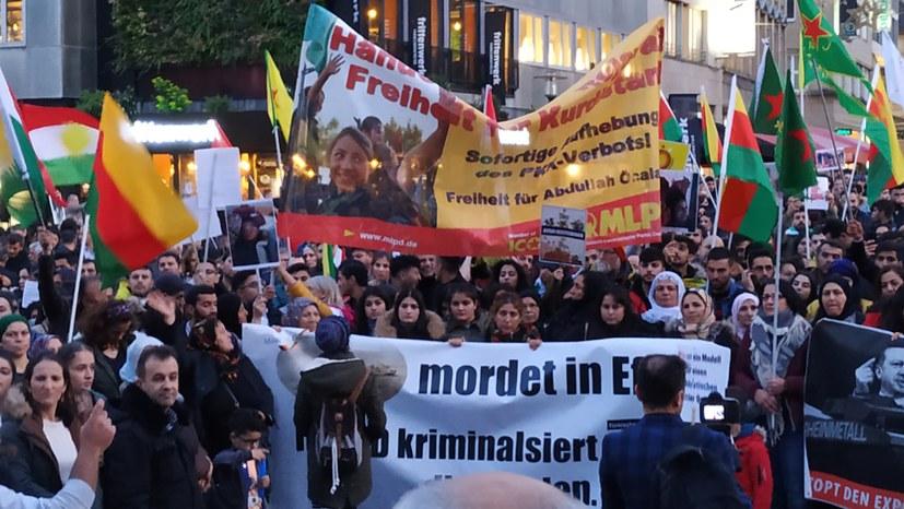 Hundertausendfach: Hände weg von Rojava!