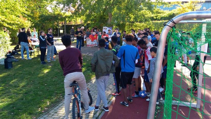 100 Menschen bei internationalem Fußballturnier in Pößneck