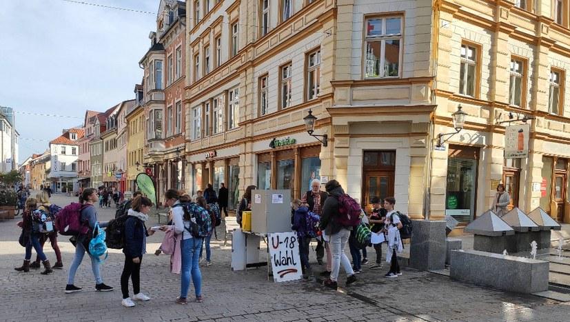 Jugend: Großteils umweltbewusst, links und regierungskritisch