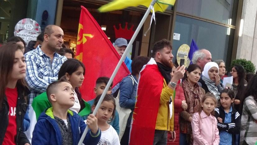 Montagsdemo gegen türkische Invasion