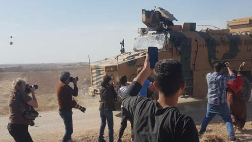 Patrouille eröffnet Feuer in Kobanê: Acht Verletzte