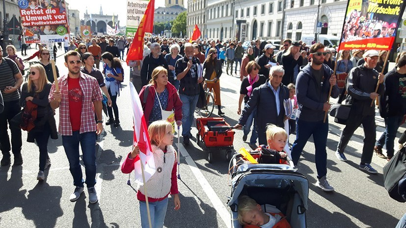 """Weltweiter Umweltaktionstag - Gerichte in Gera und Oldenburg klären """"Fahnen-Frage"""""""
