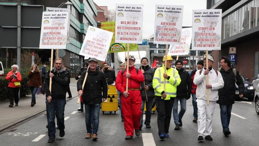Achte Demonstration gegen die RAG-Politik der verbrannten Erde