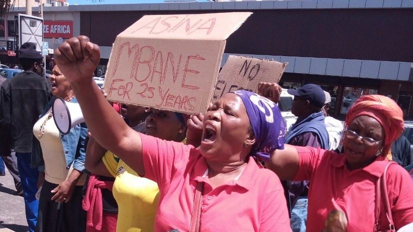 """Südafrika: """"So leben und kämpfen wir im Township Smiling Valley"""""""