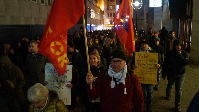 Zahlreiche Proteste gegen faschistischen Terrorakt von Hanau