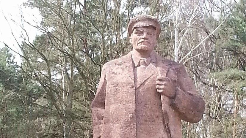 """""""Erst durch direktes Eingreifen von OB Baranowski (SPD) persönlich wurde das Bauamt gegen die Lenin-Statue aktiv!"""""""