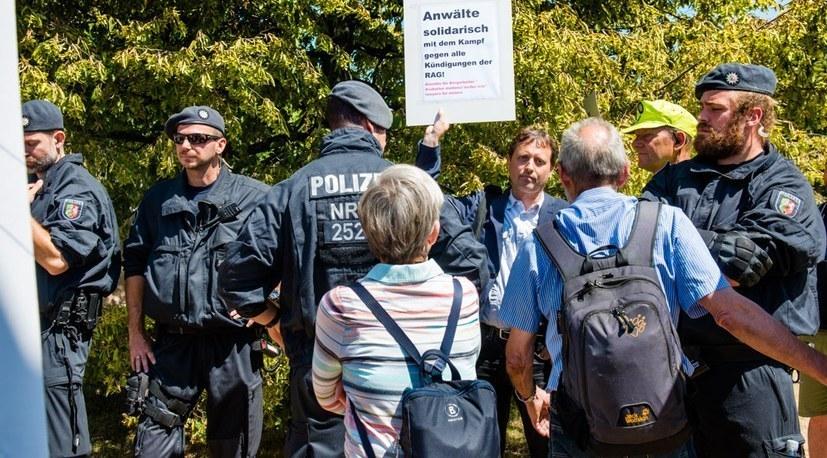 """""""Ausschluss von Rechtsanwalt Weispfenning war rechtswidrig"""""""