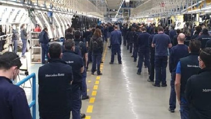 5.000 Arbeiterinnen  und Arbeiter von Mercedes stoppen die Produktion