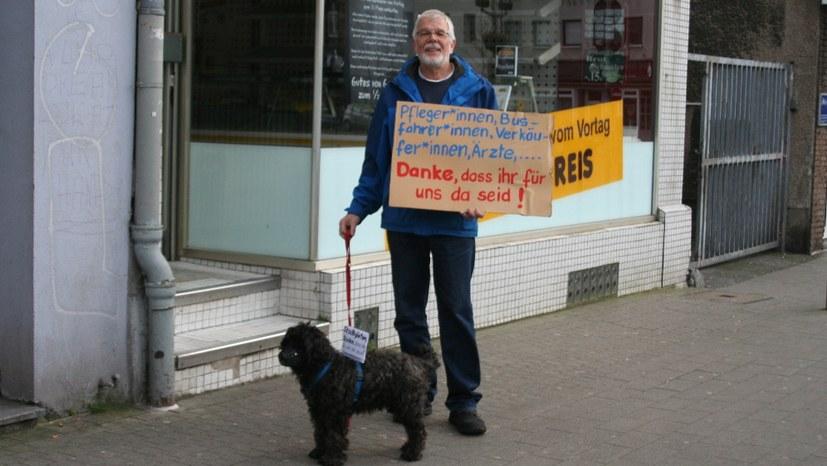 Solidaritäts- und Dankesklatschen in Gelsenkirchen