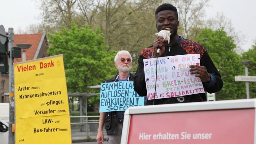 Protest gegen unmenschliche Flüchtlingspolitik der Regierung