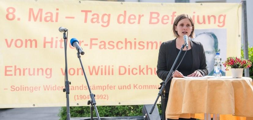 """Willi Dickhut an vorderster Front gegen die """"Verteidigung"""" der Stadt"""