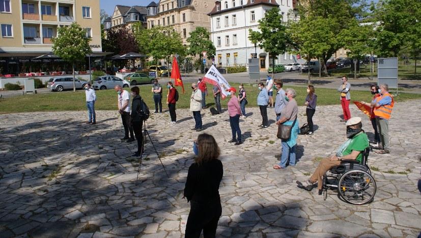 8. Mai: Thälmann-Denkmal sah würdige Befreiungsfeier in Weimar