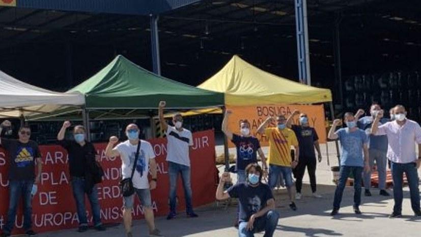 Nissan-Arbeiter in der Provinz Barcelona sind in unbefristeten Streik getreten