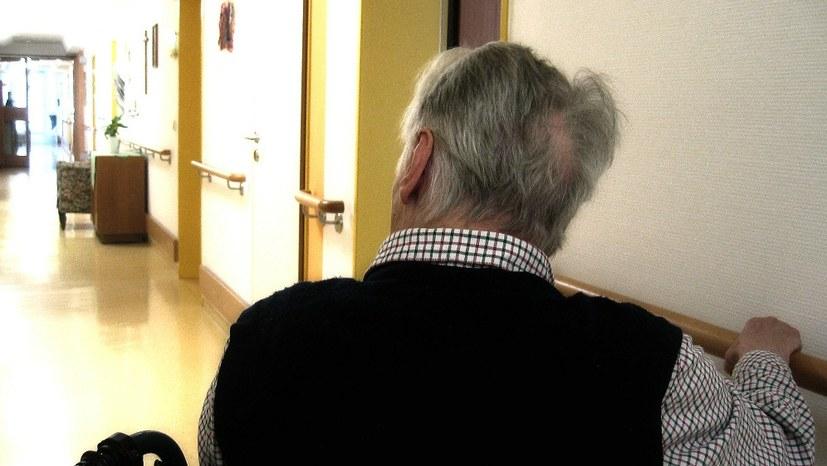"""""""Allgegenwärtiger Mangel in Altenheimen"""" - eine Hausärztin berichtet"""