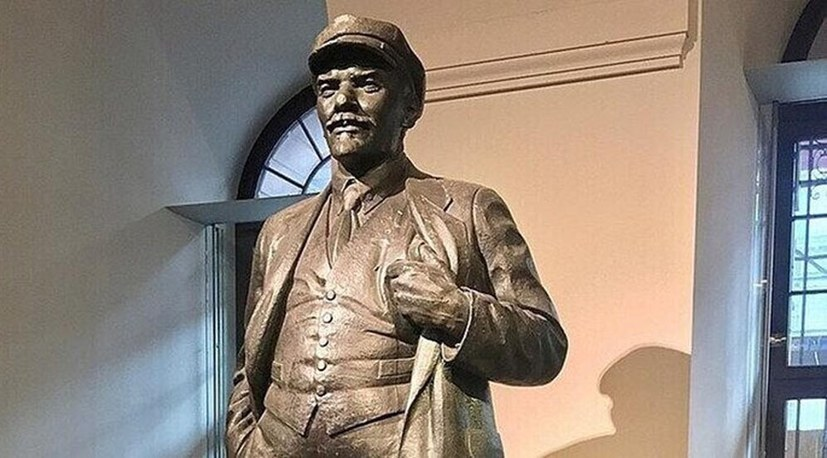 Schon über 3000 Euro Spenden für die Lenin-Statue!