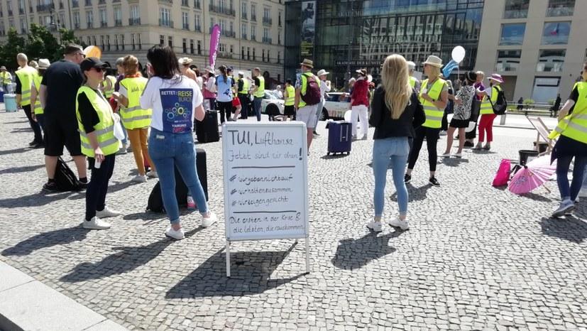 Demonstrierende Busfahrer nehmen MLPD-Sofortprogramm gerne