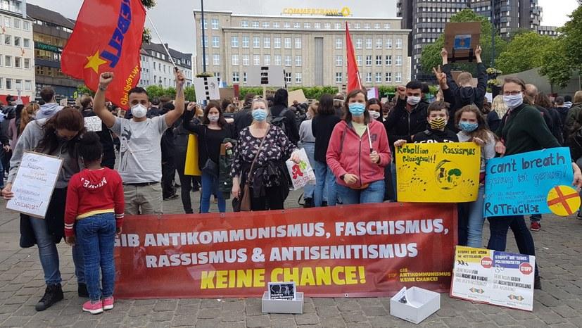 Rebellion gegen Rassimus: Zehntausende auf der Straße