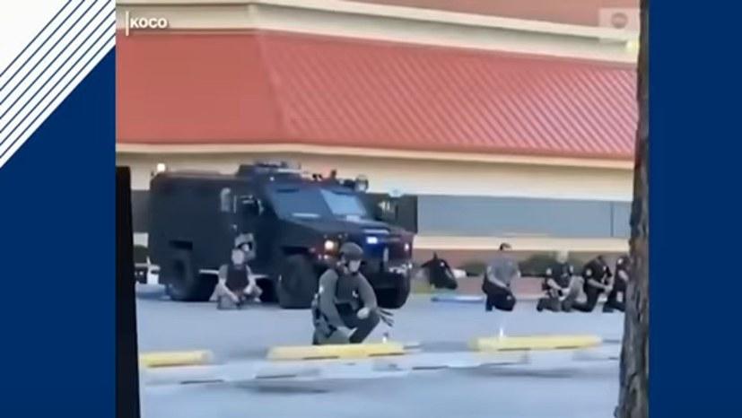 US-Polizisten in Oklahoma-City solidarisieren sich mit Protesten gegen die Ermordung von George Floyd