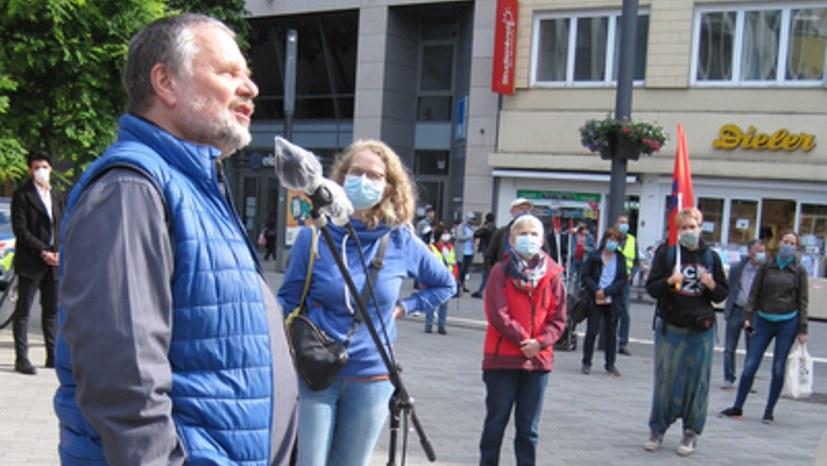 718. Montagsdemo reiht sich ein in weltweite Proteste gegen Rassismus