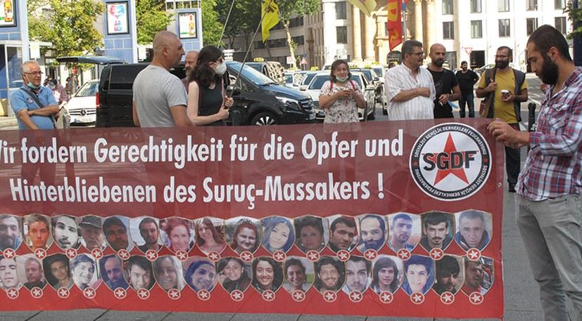 Kundgebung anlässlich des 5. Jahrestages des blutigen Massakers von Suruç