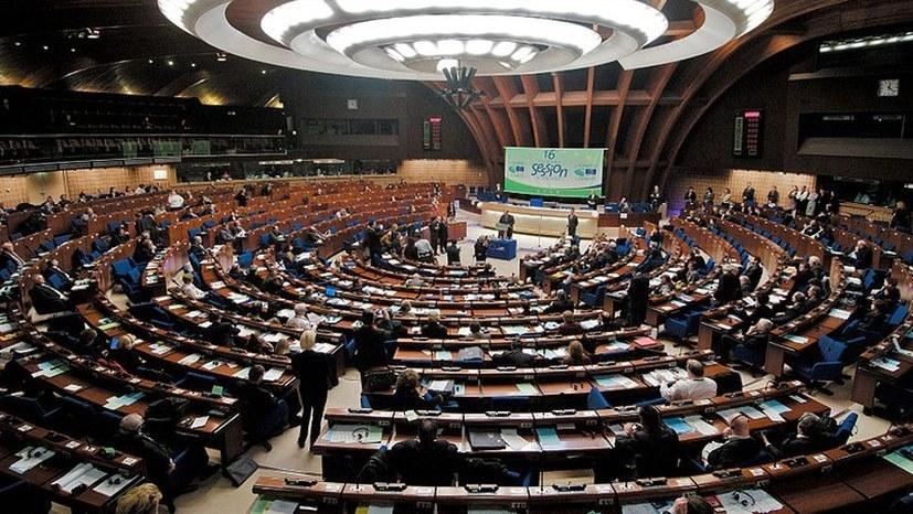 EU: Haarscharf an der offenen politischen Krise vorbeigeschrammt