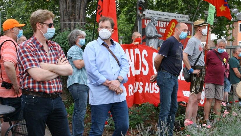 """""""Das ist kein demokratischer Protest, das ist ein Angriff auf unsere Lenin-Statue"""""""